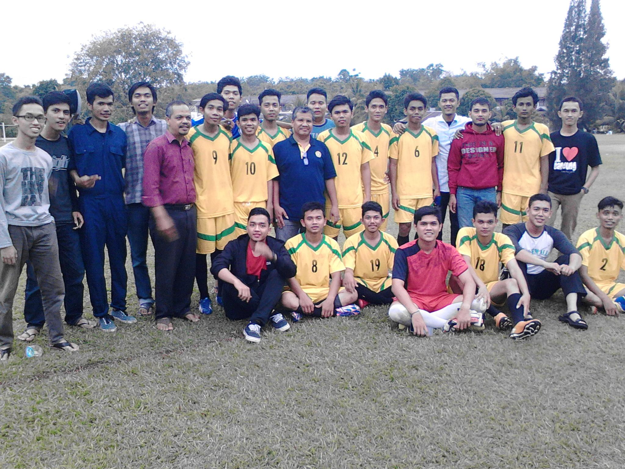 Migas-Juara-2-Sepak-Bola-Kimia-Cup-2016